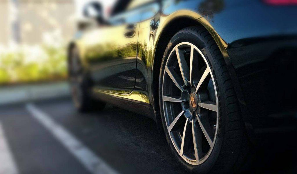Tyre-on-car